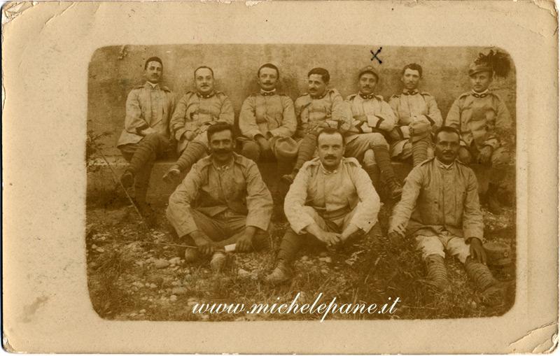 Felice Costanzo  (con il segno) militare nella I^ Guerra Mondiale