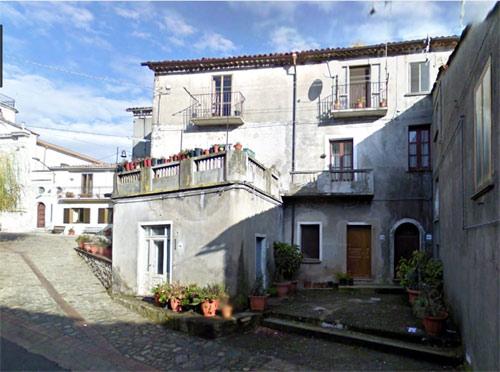 Casa natale di Emilio Grandinetti in Via V. Veneto, Decollatura CZ