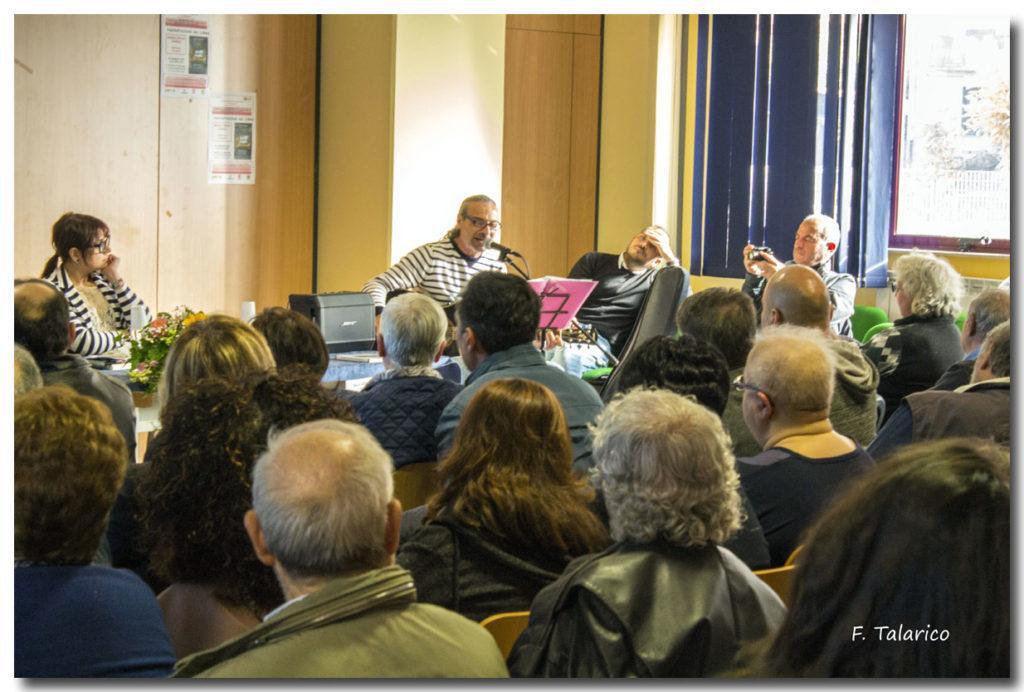 Gianfranco Maruca durante la sua esibizione